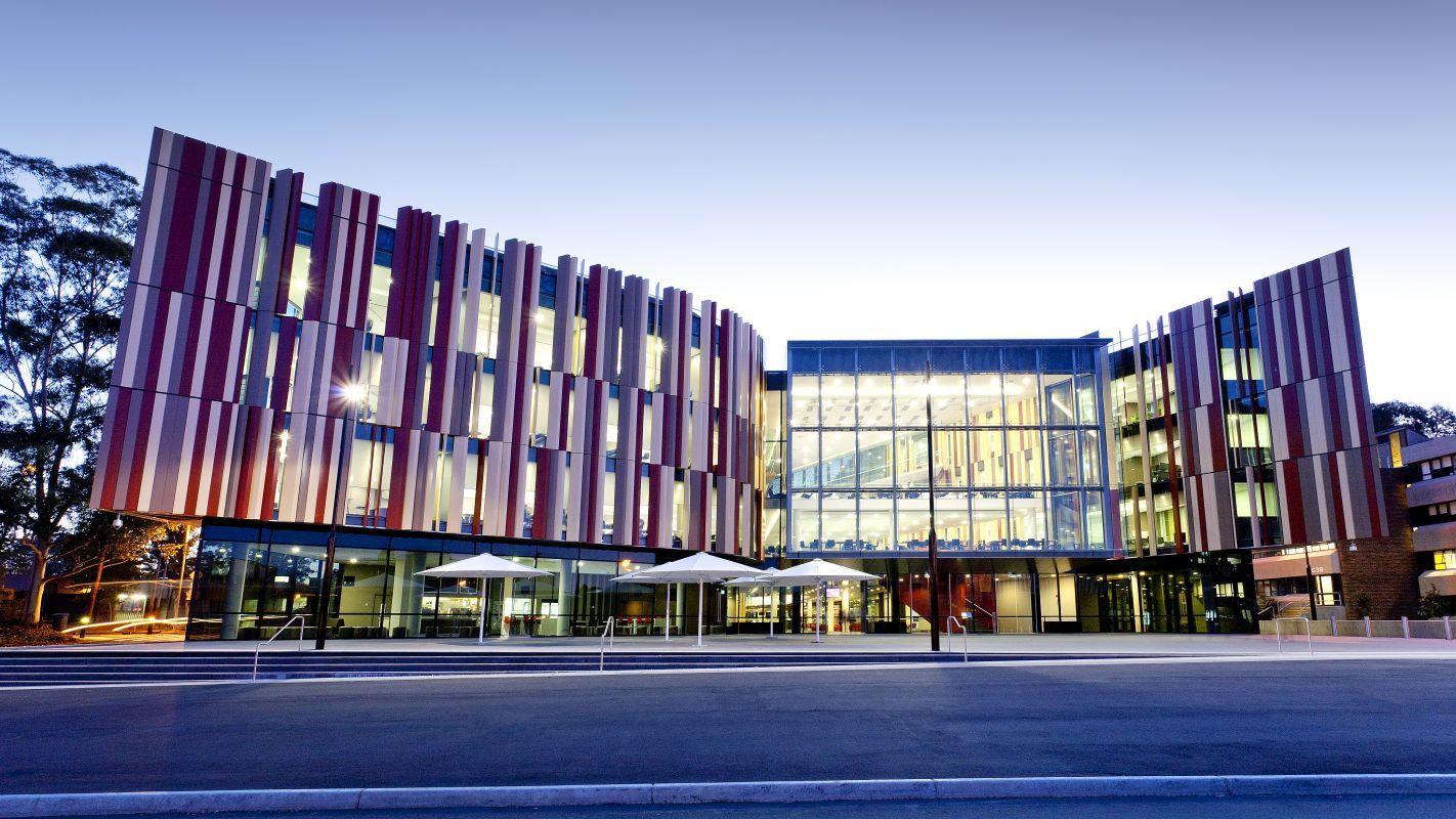 من أفضل جامعات استراليا المعترف بها | جامعة ماكواري