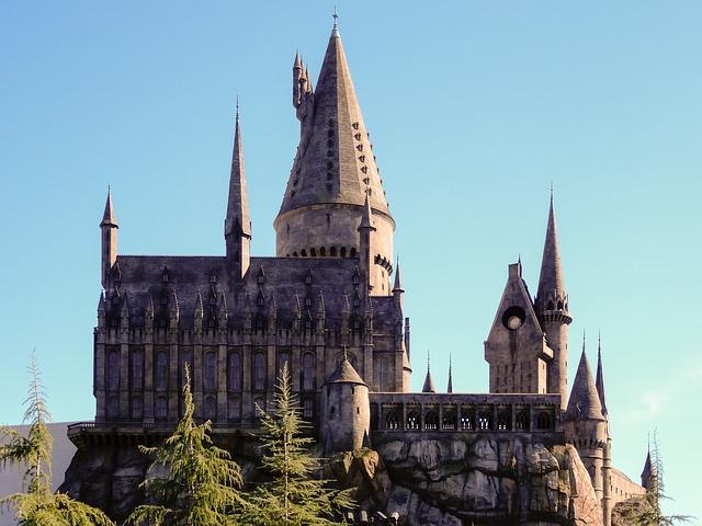 hogwarts-harry-potter-magic-conjure