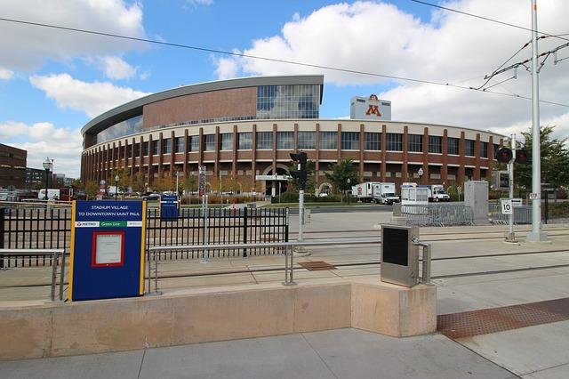 stadium-minnesota-university-usa تصنيف الجامعات الامريكية