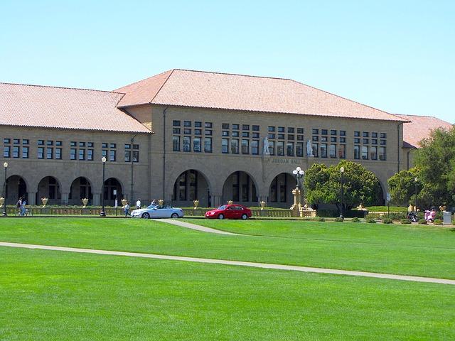 جامعة ستانفورد
