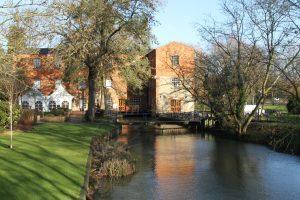 جامعة باكنجهام - The University of Buckingham