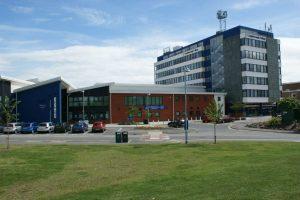 كلية لوف بورو - Loughborough College