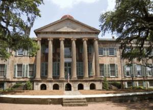 كلية تشارلستون - College of Charleston, South Carolina