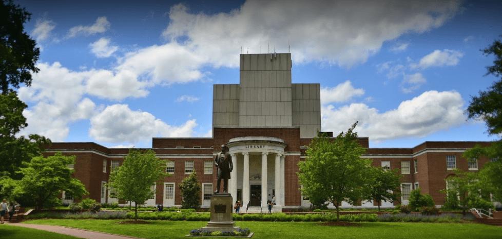 جامعة نورث كارولينا جرينسبورو – University of North Carolina Greensboro