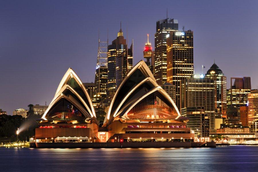 الدراسة والعمل في استراليا