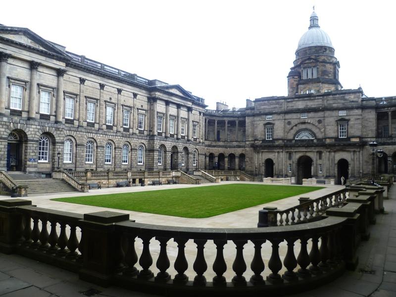الدليل الكامل لـ إدنبرة بريطانيا وجامعة إدنبره 2020